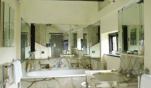 Manor House Surrey Bathroom