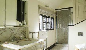 Manor House Bathroom