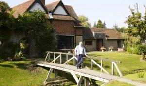 great-tangley-manor-bridge-gardens